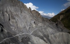 View of scree slope on the way to Tilicho Lake